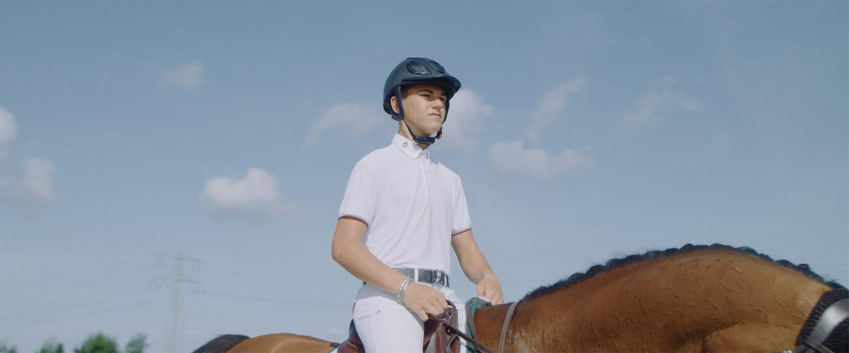 film_still_horses5_1680x700